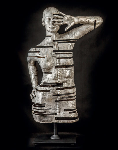 Button of Young at heart. A sculpture from Marek Zyga