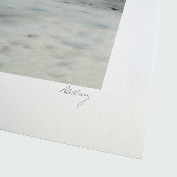 Detail photo of the signature of giclee Bellevue